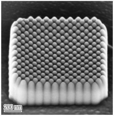 A 1 µm X 1 µm square of Electron Beam deposited silicon oxide pillars. The patterning angle within the square shape was set to 45°, with spacing chosen to have the pillars just contacting.