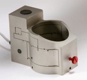 OSM-Z-100B Objective Scanning Mechanism from Queensgate Instruments