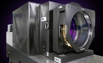 Using ZYGO's Large Aperture Systems to Maintain Two Independent Metrology Cavities