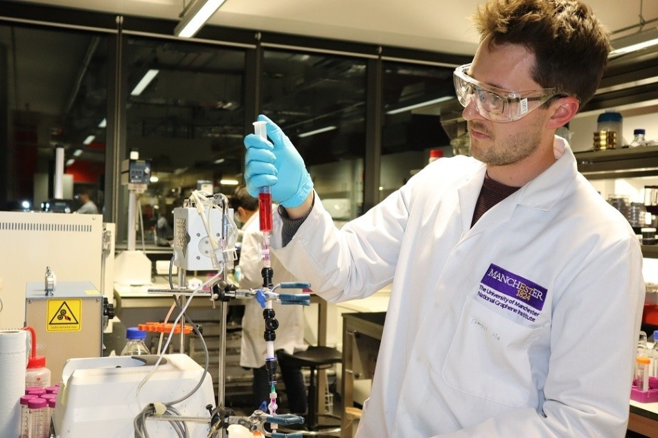 National Graphene Institute and LifeSaver Sign New Research Project to Advance Graphene Technology