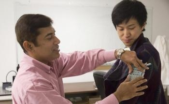 New Solar Nanotech-Powered Clothing can Revolutionize Wearable Technology
