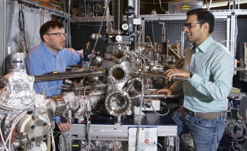 Researchers Apply Nanotechnology to Explain Unresolved Processes Behind Catalysis