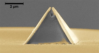 Printing at the Nanoscale on the tip of an Optical Fibre