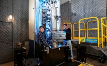 HERMES for Direct Measurement of Temperature at Nanoscale